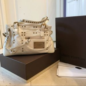 Louis Vuitton Studded White Leather Bag (like new)